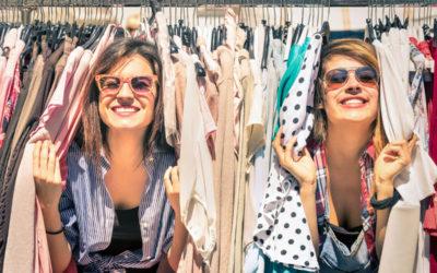 Swap party con le amiche: 5 cose da sapere per organizzare il baratto perfetto a casa vostra